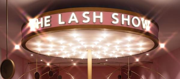 The lash show background photo