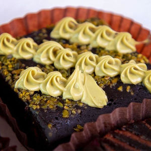 Drivu Pistachio Brownies