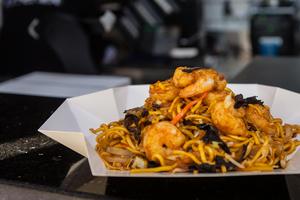 Drivu Lomein Shrimp Noodles