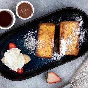 Drivu French Toast with Fruit