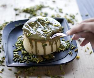 Drivu Japanese Cheesecake with Pistachio