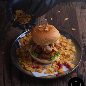 Drivu Cornflakes Chicken Burger