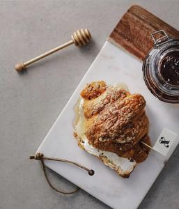 Drivu Honey Kraft Croissant
