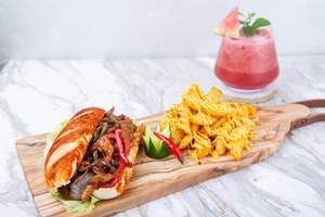 Drivu Shrimp fajita sandwich