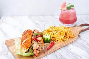 Drivu Chicken fajita sandwich