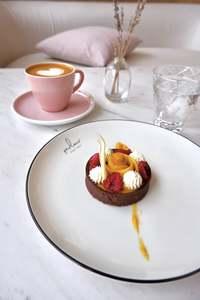 Drivu Chocolate Mango Tart