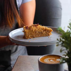Drivu Rangeena Cake
