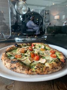 Drivu Pizza Chicken Pesto