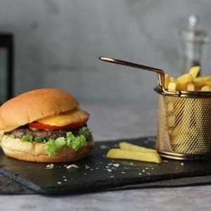 Drivu Zulu Beef Burger