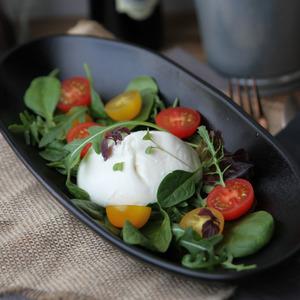 Drivu Burrata Salad