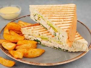 Drivu Shredded Chicken Sandwich