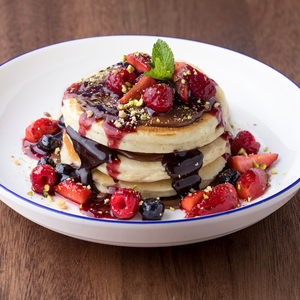 Drivu Mixed Berry Pancakes with Nutella