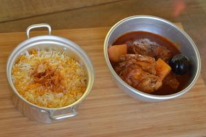 Drivu Marak Chicken with Saffron Rice