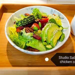 Drivu Studio Salad