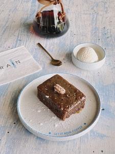 Drivu Sticky Date Cake