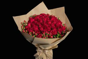 Drivu Hand Bouquet with 50 Red Roses with Wrapping