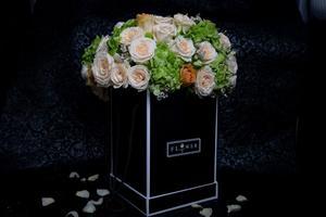 Drivu Flowers Black Box & Mix Flowers Colors