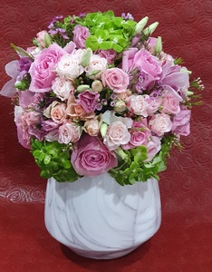 Drivu   Granite Vase with Mix Flowers #1