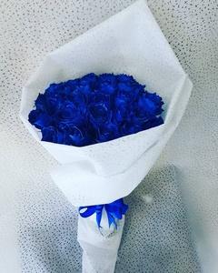 Drivu Hand Bouquet Blue Moon