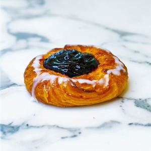 Drivu Blueberry Croissant