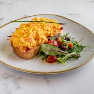 Drivu Scrambled Eggs & Smoked Salmon on Country Toast