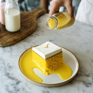 Drivu Saffron Milk Cake (slice)