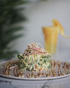 Drivu Crab Crack Salad