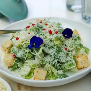 Drivu Classic Caesar Salad
