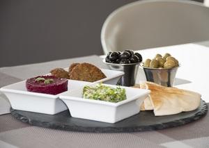 Drivu Crudités and Hummus