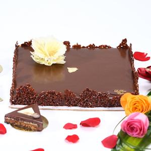 Drivu Concerto Cake