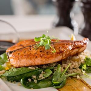 Drivu Honey Glazed Salmon Salad