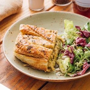 Drivu Butter-crust Chicken & Leek Pie