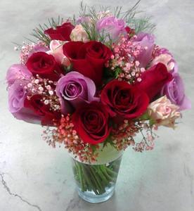 Drivu Being Loved Vase
