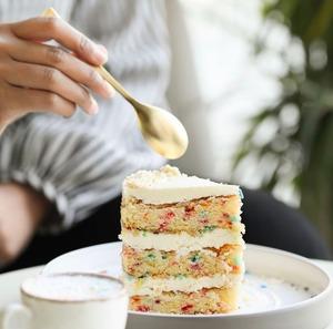 Drivu Birthday Cake Slice