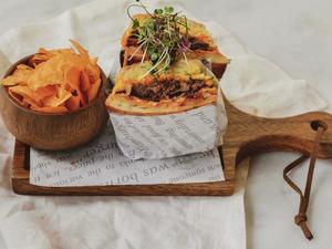 Drivu Pulled Beef Sandwich