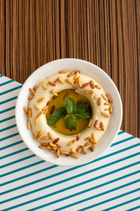 Drivu Hummus & Pine Nuts