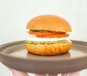 Drivu Caprese Sandwich Bun