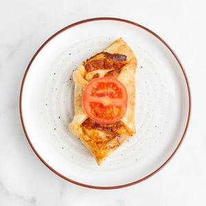 Drivu Tomato Croissant