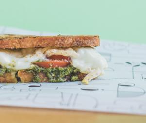 Drivu Mozzarella Pesto Sandwich