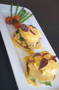 Drivu Eggs benedicts