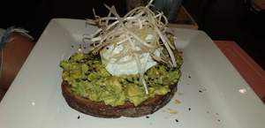 Drivu Avocado tartine