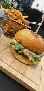 Drivu Our Beef or chicken burger