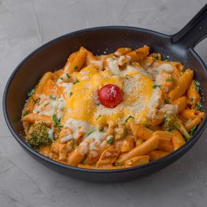 Drivu Mix Cheese with Chicken Pasta