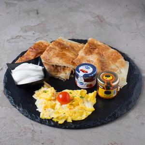 Drivu Egyptian Breakfast