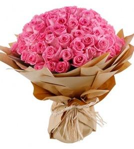 Drivu Pink Roses Bouquet