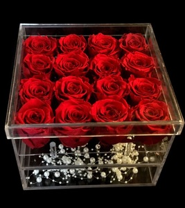 Drivu Acrylic Box Of Roses