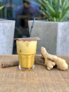 Drivu Iced Golden Turmeric Latte