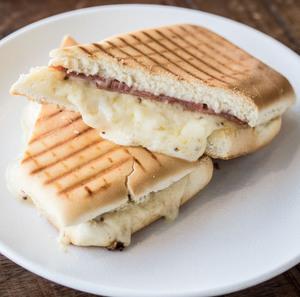 Drivu Turkey Ham & 3 Cheese