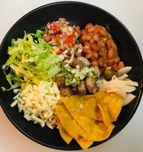 Drivu Taco bowl asada