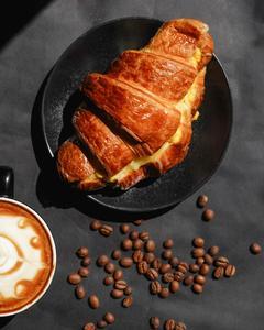 Drivu Croissant Scramble Egg Sandwich